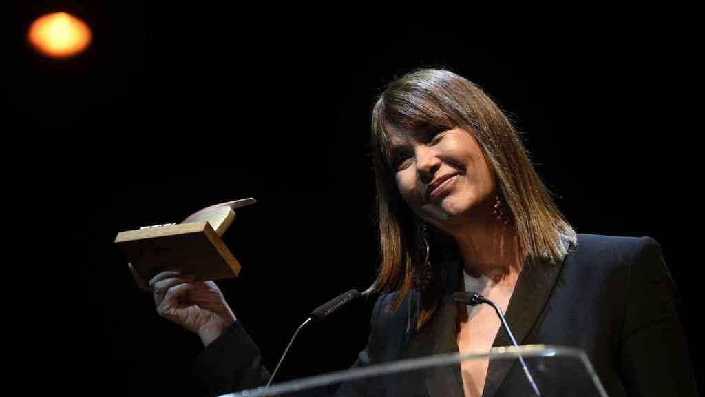 Mabel Lozano durante una conferencia.