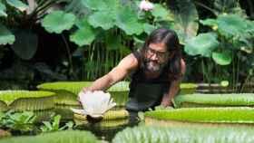 Carlos Magdalena en los Jardines de Kew.
