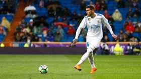 Theo Hernández dando un paso Foto: Pedro Rodríguez/El Bernabéu
