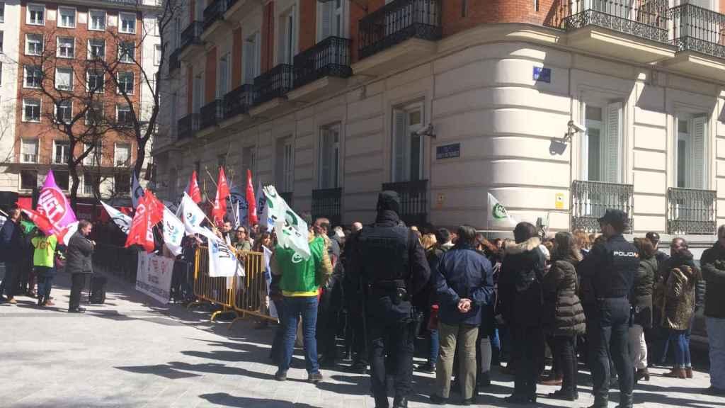 Manifestación de funcionarios de la Justicia frente a la Audiencia Nacional.