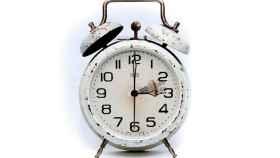 La madrugada del domingo trae cambios: a las 2, serán las 3.
