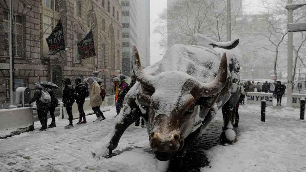 La escultura del toro de Wall Street en Nueva York, en una imagen de archivo.