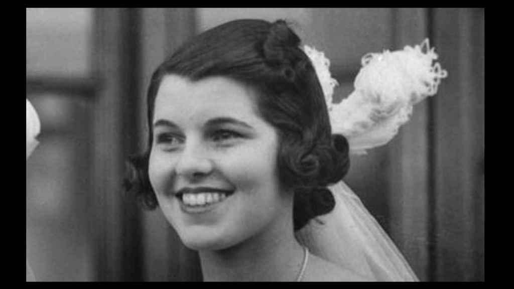 Rosemary Kennedy con 20 años, tres antes de la lobotomía, en una de sus escasas presentaciones en sociedad.