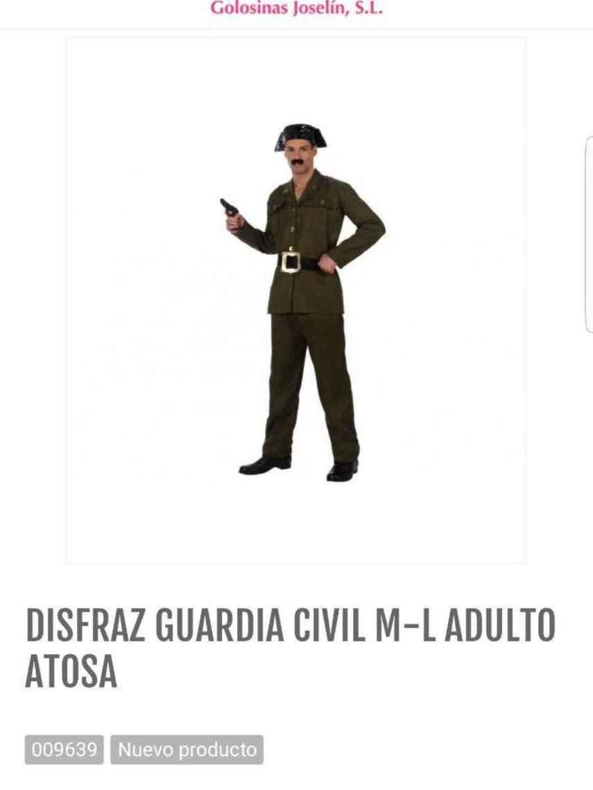 Disfraz de Guardia Civil que se compró Jaime Vizern en Golosina Joselín