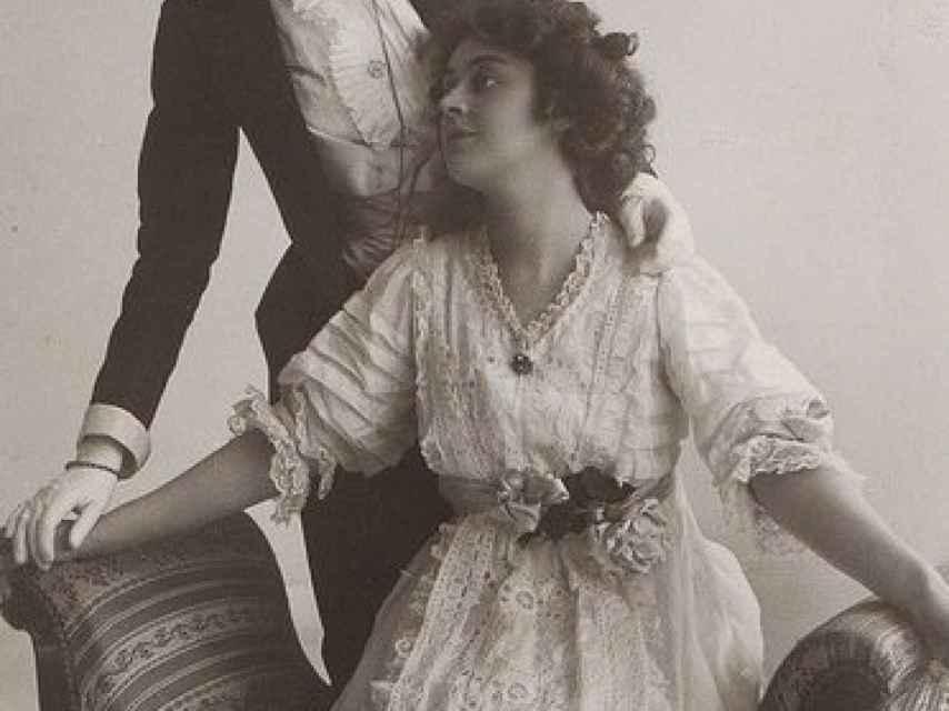 Señoras victorianas que se amaban. El hilo histórico de Cristina Domenech.