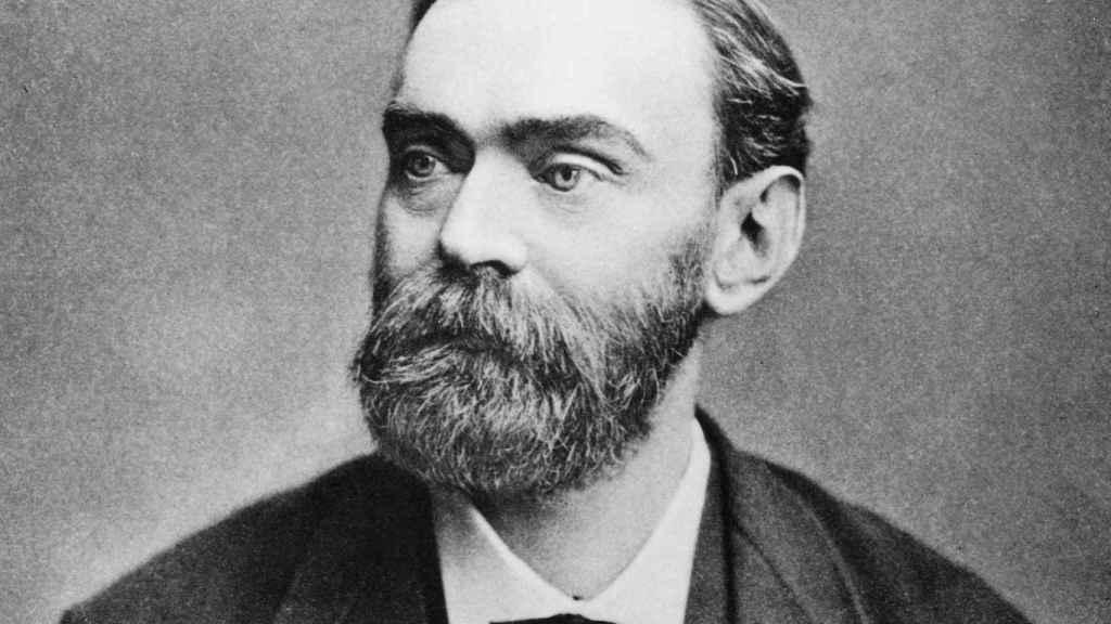 El químico sueco Alfred Nobel.