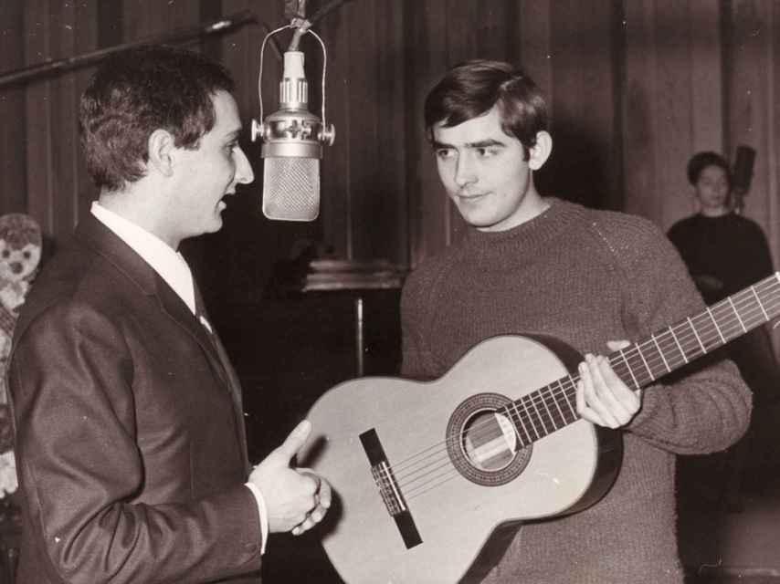 Joan Manuel Serrat, en sus inicios.