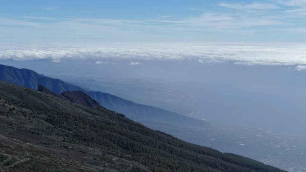 La calima, la suspensión de partículas de polvo de origen sahariano, vista desde el Observatorio Atmosférico de Izaña en Canarias. AEMET.