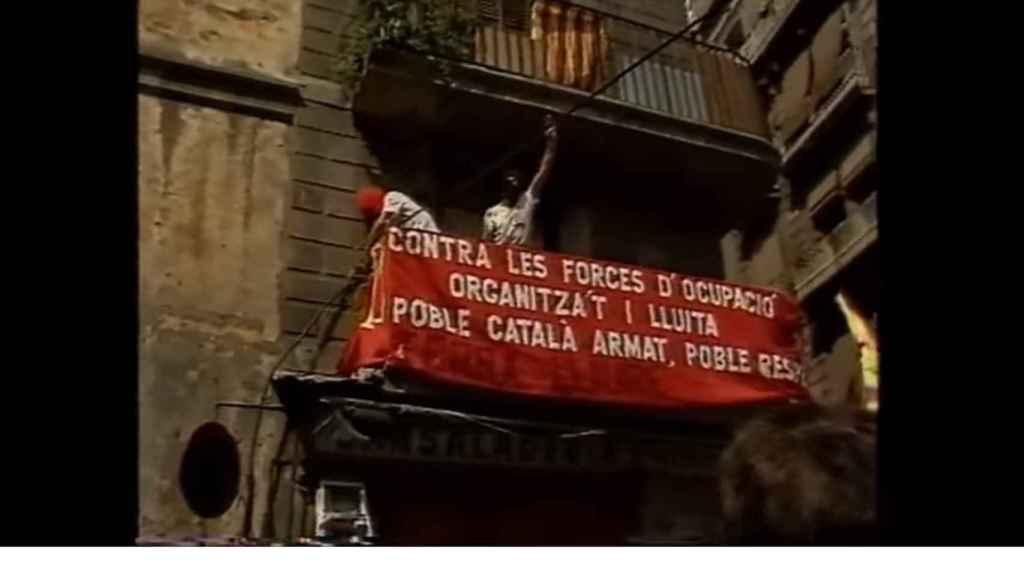 Pueblo armado, pueblo respetado. Era uno de los lemas del independentismo catalan de los 80.
