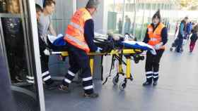 Pelayo Novo, jugador del Albacete, al entrar en el Hospital de Zaragoza.