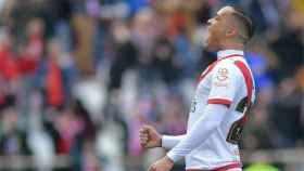 Raúl de Tomás celebra uno de sus goles con el Rayo Vallecano. Foto: Twitter (@RayoVallecano)