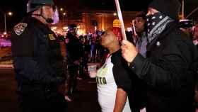 Imagen de las protestas en Sacramento por la muerte de un joven negro a manos de la policía.