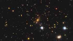 La estrella más distante de la Tierra se ha encontrado detrás del cúmulo de galaxias MACS J1149-2223.