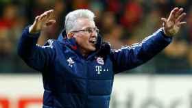 Jupp Heynckes celebra un gol del Bayern de Múnich