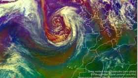La borrasca sobre el Atlántico Norte que podría afectar a España.
