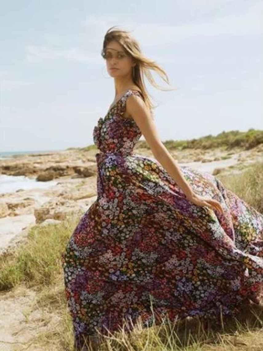 El primer vestido creado por Tamara para su marca TFP.