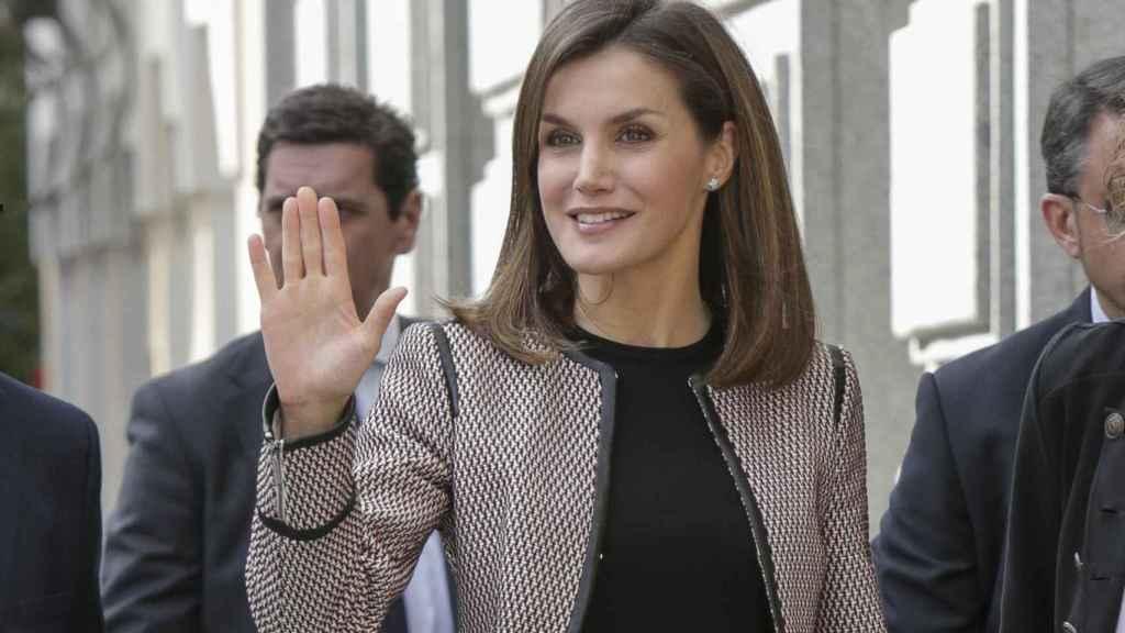 Letizia a su llegada al acto donde ha sido abucheada.