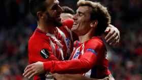 Griezmann y Koke celebran el segundo gol del partido.