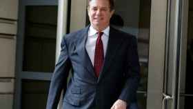 Paul Manafort a la salida de la audiencia que tuvo el miércoles con el fiscal Mueller.