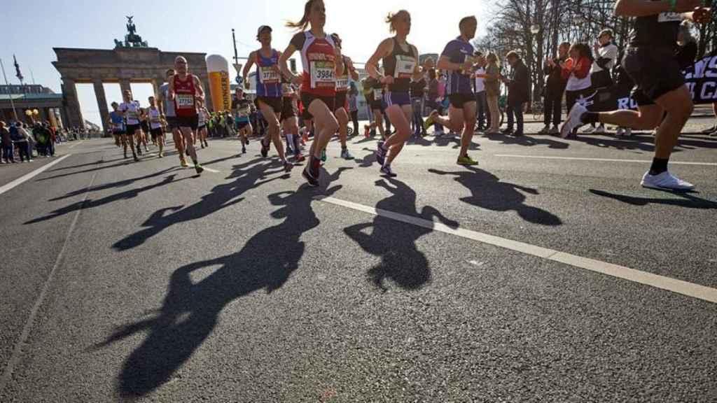 Corredores durante la media maratón de Madrid.