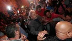 Lula en el momento de su entrega.