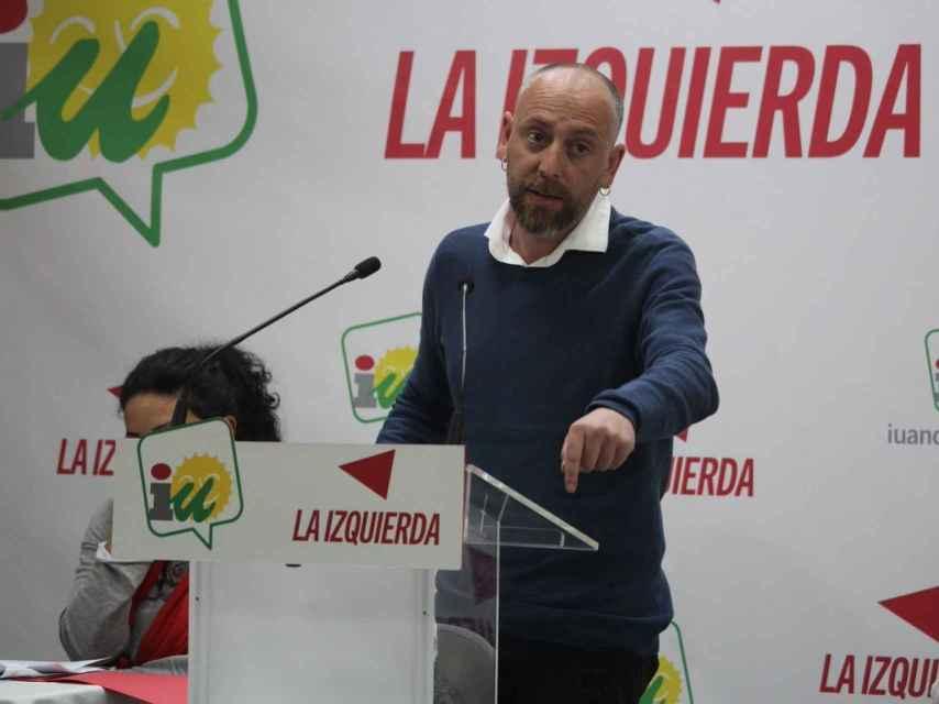 Ernesto Alba en un debate político. Redes sociales.