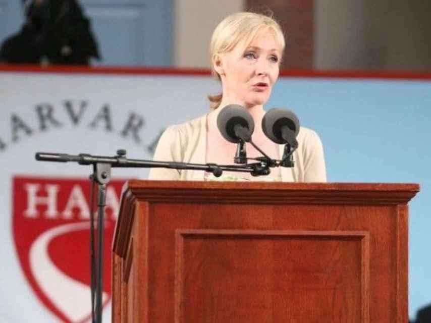 Para Rowling el fracaso te garantiza la supervivencia.