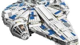 El nuevo Halcón Milenario de Lego.
