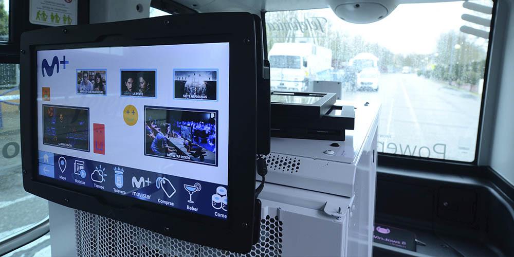 quinta pantalla carmedia microbus autonomo telefonica españa 5g
