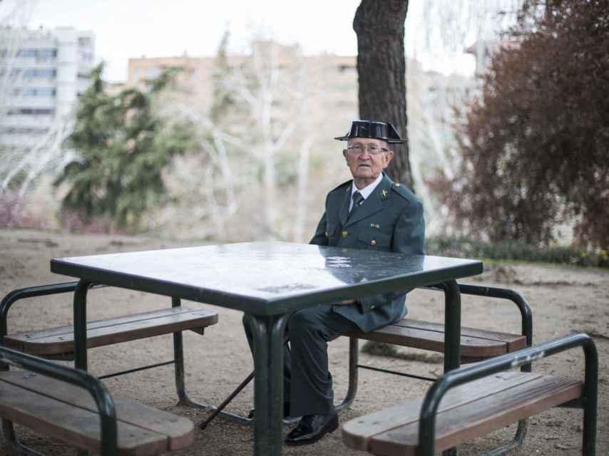 Fermín Garcés, en un parque en el madrileño barrio de Tetuán.