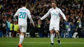 Marco Asensio y Cristiano celebran el pase del Real Madrid a semifinales.