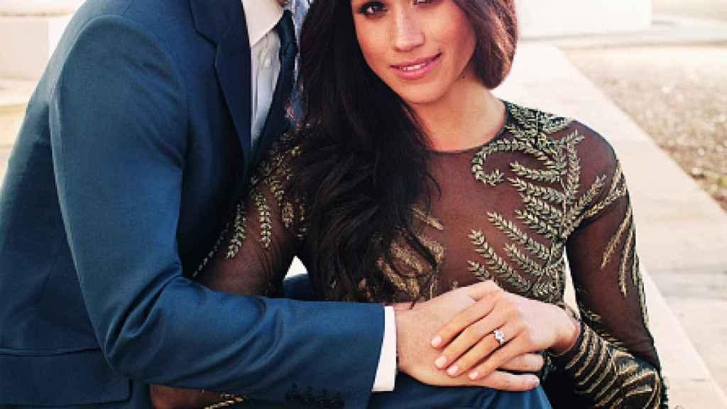 Harry y Meghan en su foto oficial de compromiso.
