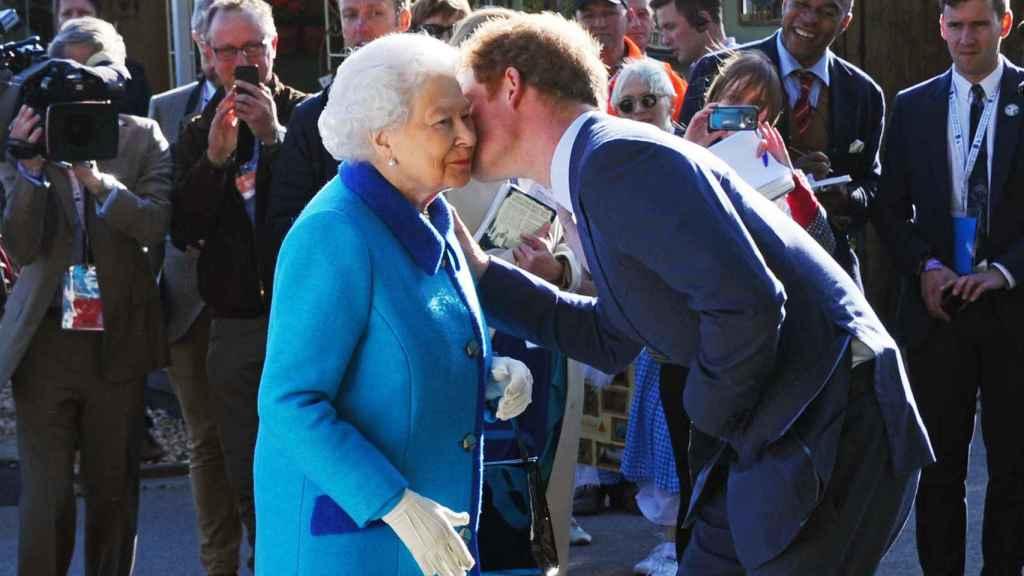 Harry y su abuela siempre han estado muy unidos.