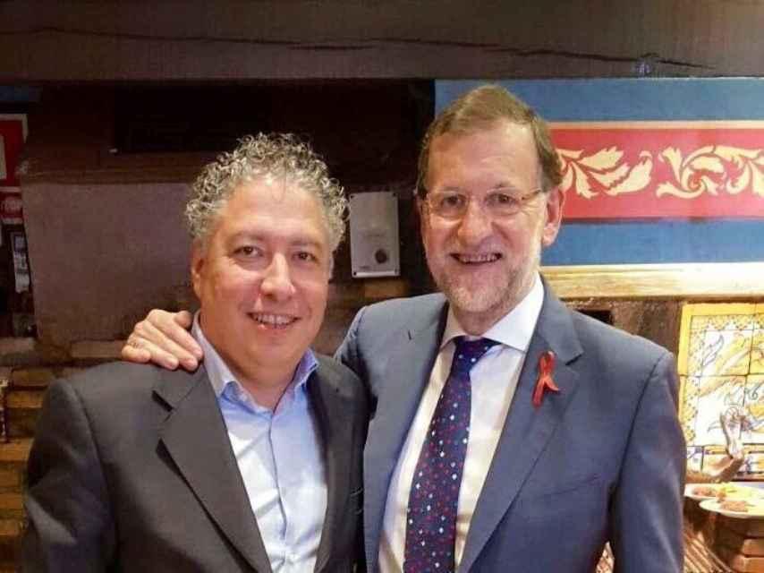 Tomás Burgos, con Mariano Rajoy.