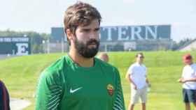 Alisson Becker durante un entrenamiento con la Roma. Foto: asroma.com
