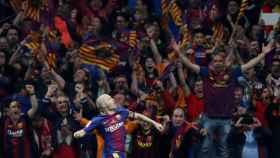 Iniesta celebra su gol en la final de Copa entre Sevilla y Barcelona.