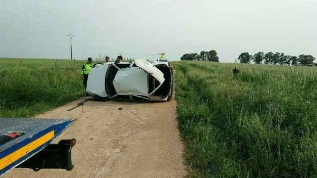 Accidente de tráfico en Villar del Rey, en Badajoz, en el que un joven de 15 años ha muerto y otros tres menores han resultado heridos.