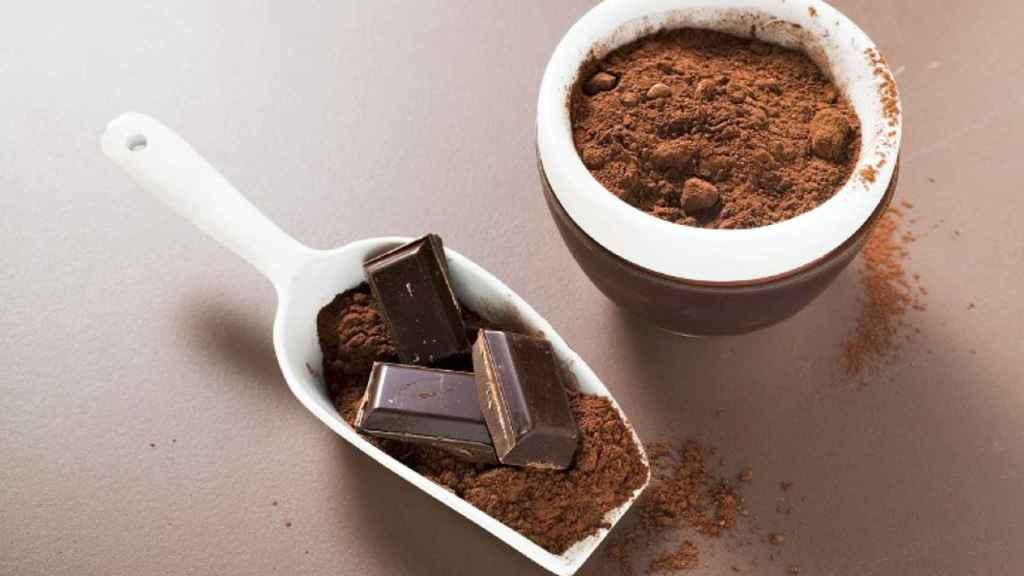 Cacao en polvo y chocolate.