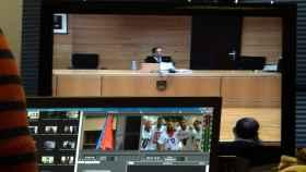 Imagen de la sala de prensa en la Audiencia de Navarra. Reuters.