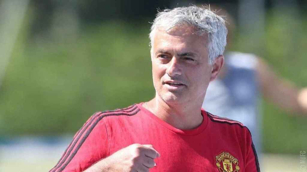 José Mourinho, técnico del United   Foto: Twitter (@ManUtd)
