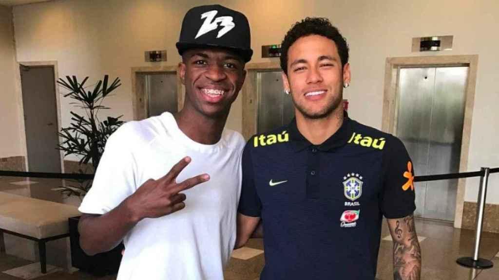 Vinicius y Neymar. Foto Instagram (@viniciusjr_00)
