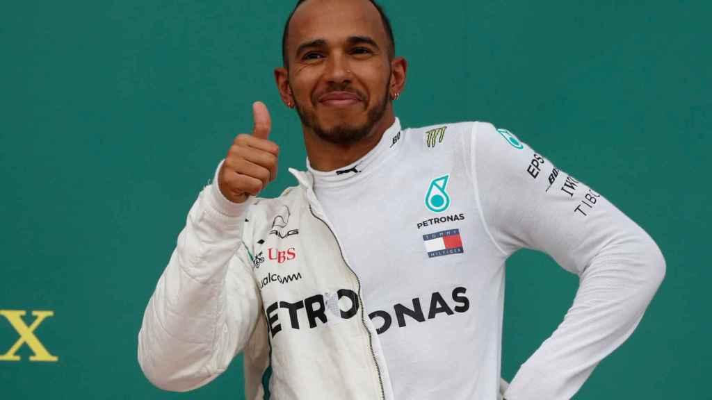 Hamilton, ganador en Bakú.