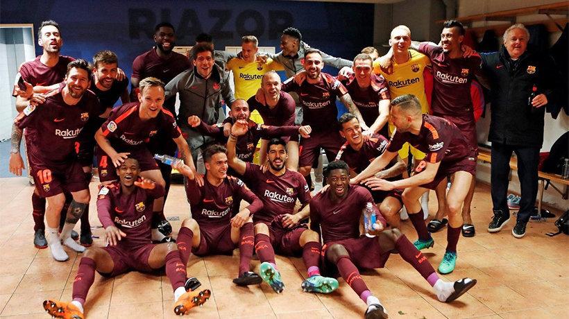 El Barcelona celebra La Liga en Riazor