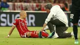Robben se lesiona contra el Real Madrid. Foto Twitter (@FCBayern)