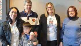 Carlos, su familia y miembros de la Asociación Duchenne Parent Project España.