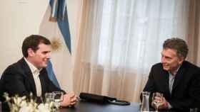 Albert Rivera y el presidente argentino, Mauricio Macri. Foto: EFE