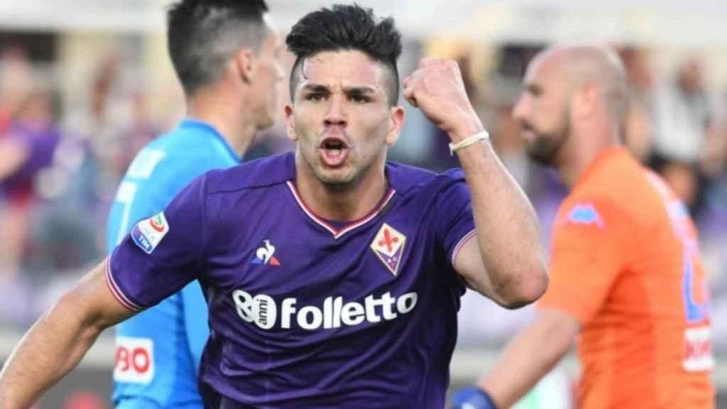 Giovanni Simeone celebra un gol con la Fiorentina. Foto: Twitter (@acffiorentina)