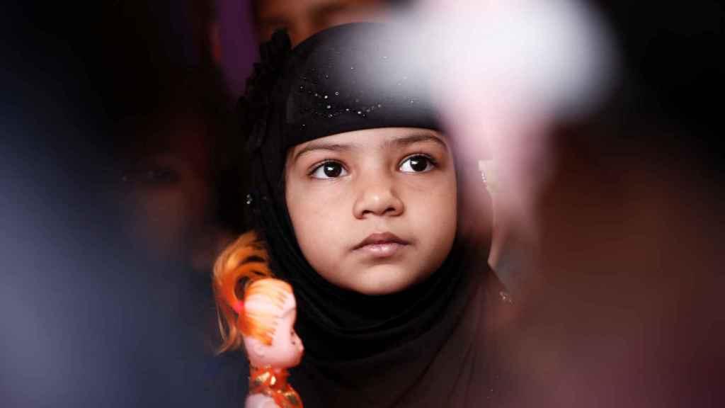 Una niña india en una de las manifestaciones contra las violaciones