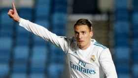 Quezada celebra su gol con el Castilla