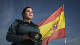 La guardia civil Luisa María Flores, quien sostiene que lleva un año de baja laboral forzada y amenazada con la incapacidad permanente.